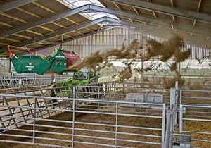 Agricultural Equipment – Straw Spreader & Bale Feeders